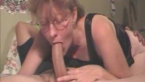 amateur deep blowjob