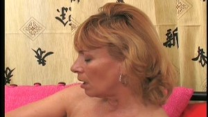 Horny mature gets laid 3/3