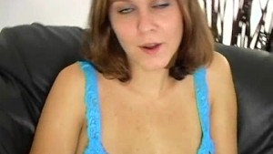 tiffany fucks things 2/6
