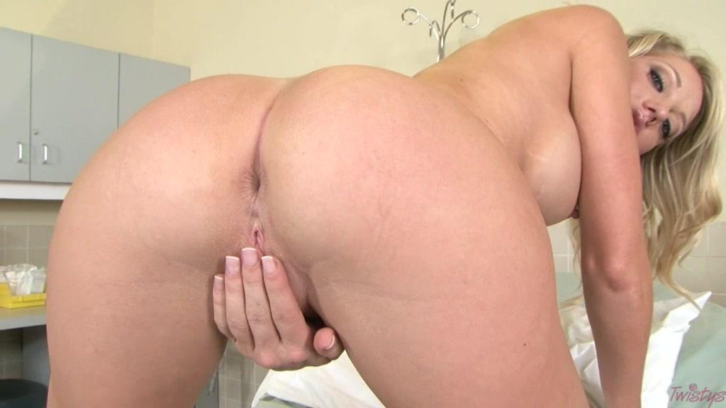 Sexy Nurse Shawna
