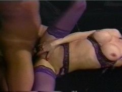 Picture Girfriend in purple keeps her man hot CLIP