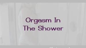 MILF Mia - Orgasm In The Shower
