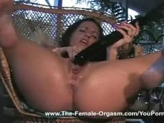 Lori Rivers fucks her dildo to squirting orgasms