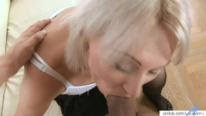 Old milf fucked by a young stud