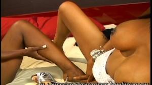Ebony Feet Loving Lesbians