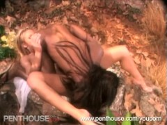 Hot Ebony and Blonde Eating Each Others Pussy