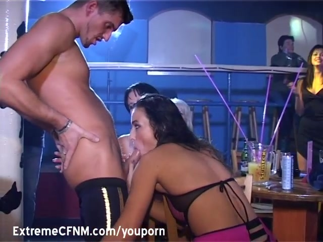 Pretty Coed suck a Male strippers cock