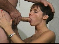 - Sexy girl makes older ...