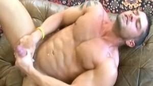 Cody Cummings - Solo in room