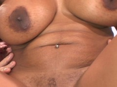 Picture Brown sugar bombshell takes it in the ass