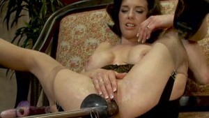Hot Squirting MILF machine fucked