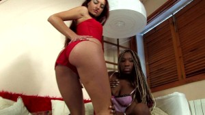 Yara and X-Nalya make love