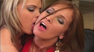 Hot lesbians anal and pussy play
