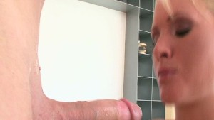 Pretty Blonde Gets Pounded