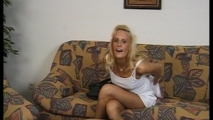 Chick walks in off street and diddles herself with dildo