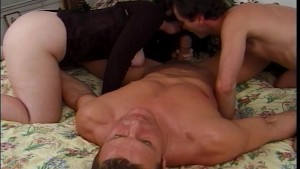 She has her pussy licked while he sucks his dick