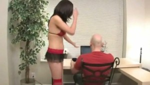Hot Janessa gives bf a private peep show
