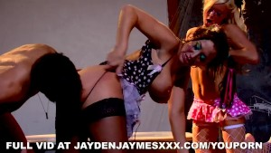 Jayden Jaymes Loves to Ride Cock