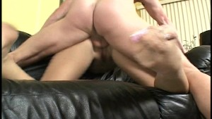 Pounding her pussy hard and fast(clip)