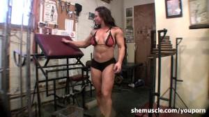 BrandiMae - SheMuscle