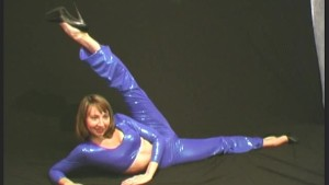 Flexible Elza in spandex (movie)