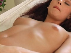 Gorgeous Silvia Evelyn hot lesbian scene