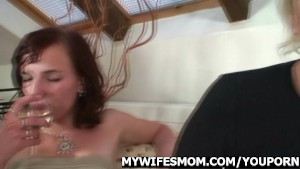 Mother in law seduces her daughter's husband