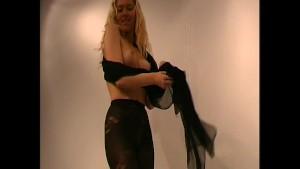 Amateur girl strip in nylon (clip)