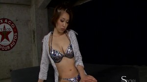 Asian cutie gets both her holes played with