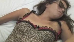 Ebony Babe Queen B Gets On All Fours To Fuck