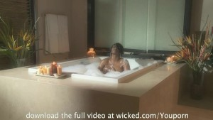 JADA FIRE RIDES BIG COCK IN THE TUB