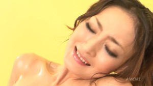 Beautiful natural Japanese girl oiled up and worshipped
