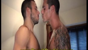 Pornostar Issac Jones versus Stany FALCONE