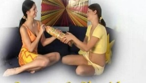 Slim brunette lesbians Sweety and Sheridan - Banapro s.r.o.