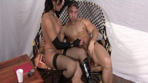 Hot Latina shemale in fishnets and boots - Latin-Hot
