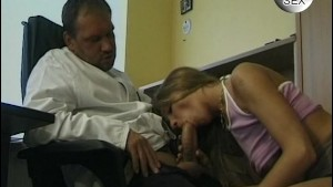 Kinky doctor's appointment - Venality Productions