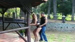 Chick with dick fucked outside - Gentlemens Video