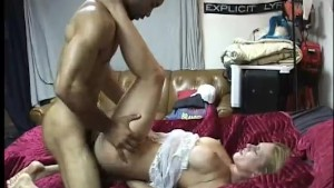 blonde gets cum on her ass - Gentlemens Video