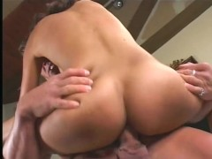 Taking her first creampie - Pandemonium