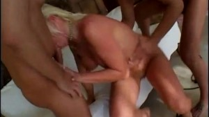 Ball gargling blonde gets it - Future Works