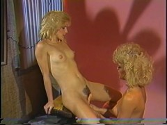 Picture Vintage lesbians joined by a cock - Horizon...