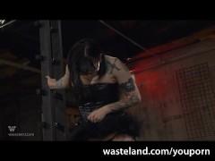 Picture BDSM Suspension with Mistress Bella Vendetta...