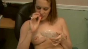 Laura Drinks Her Creampie Off Of A Dinner Plate