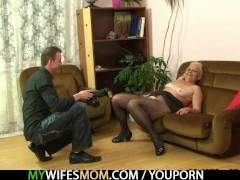 She finds nasty photos with him and h...
