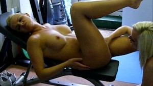 Busty lesbian gives Frankie huge work out with her toys