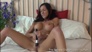 Naughty Chantelle Fox Goes Solo