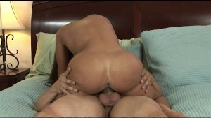 Lisa Ann Wants Her Daughter s Boyfriend s Cum