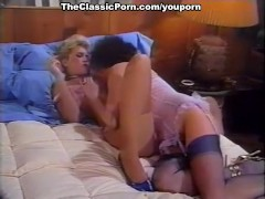 Female tongue inside oozing pussy