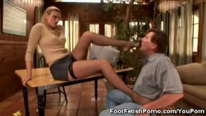 Secretary's Kinky Feet