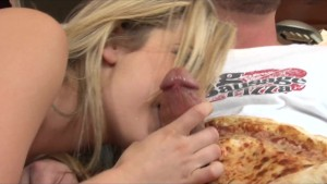 Blonde bombshell Bailey Blue rides pizza boy's big-dick cowgirl